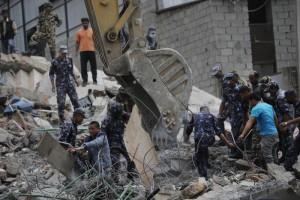 Sisma Nepal: media, oltre 2000 morti