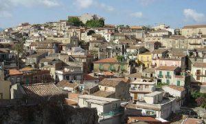Il Comune di Monforte San Giorgio tra le 100 mete d'Italia